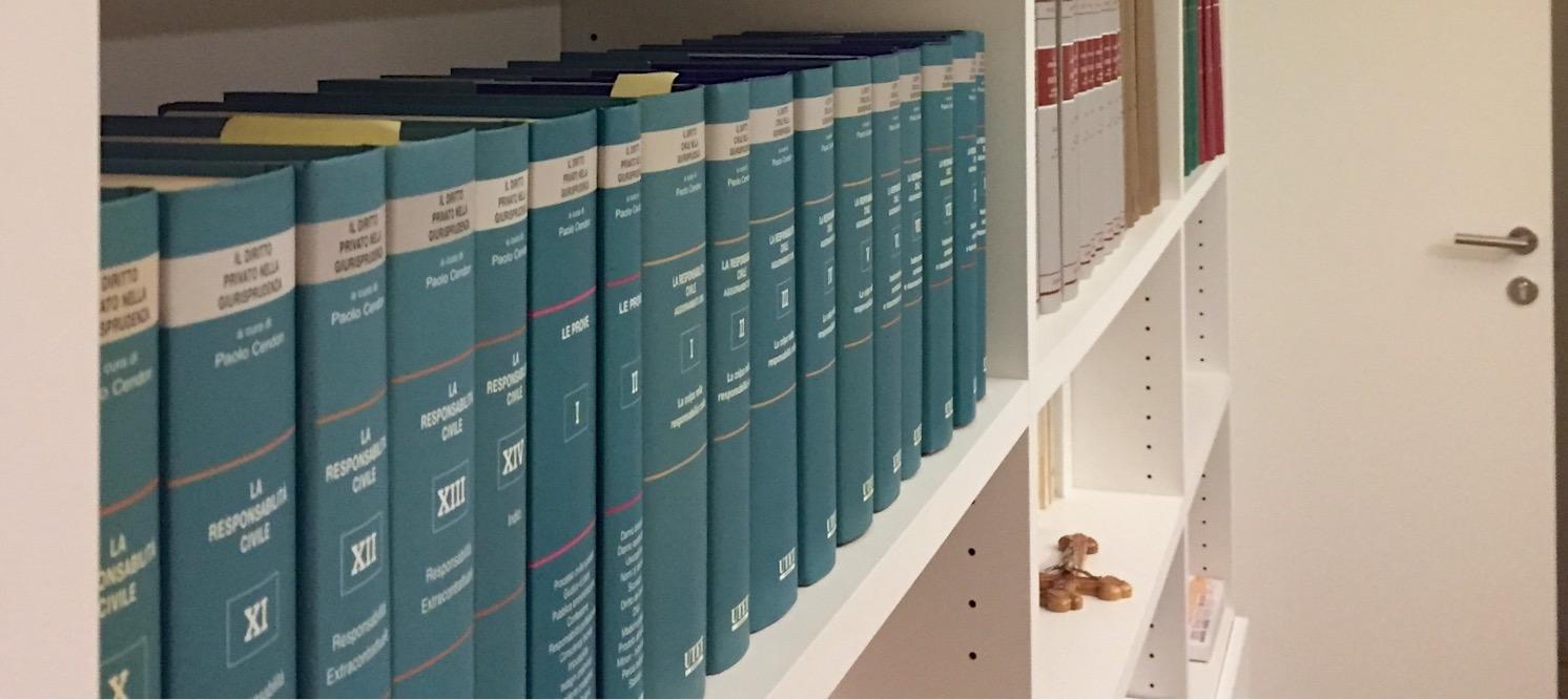 L'Avvocato copione salvato dall'Ordine: secondo te gli Ordini vanno aboliti?